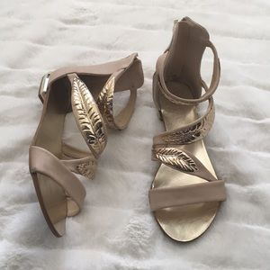 Leaf Gladiator Sandals 7.5